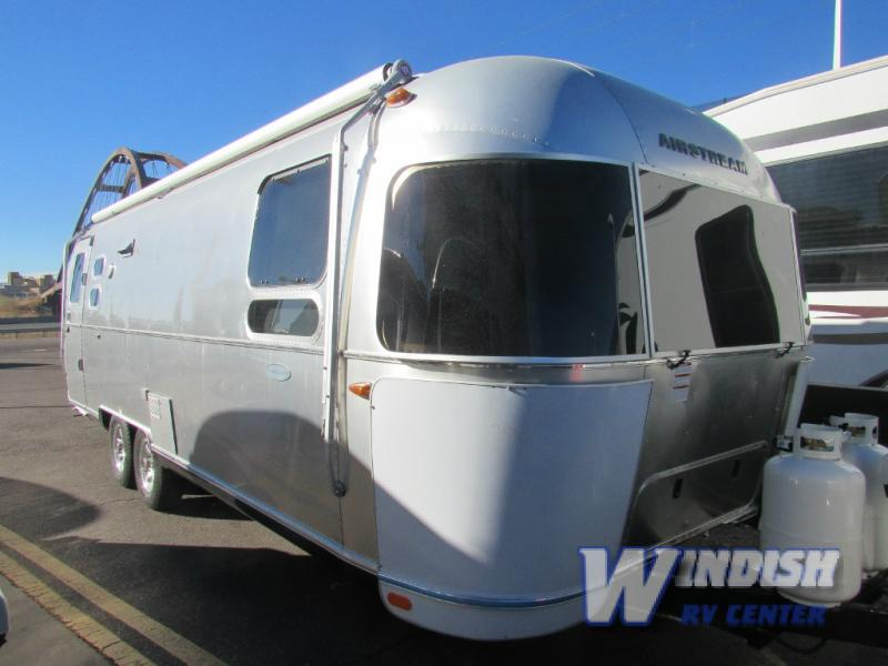 Airstream Flying Cloud Travel Trailer
