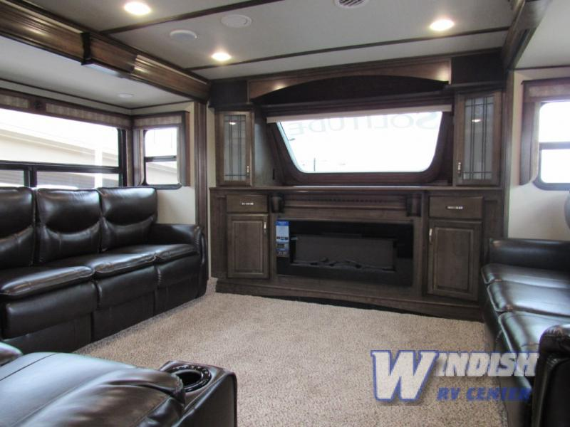 Grand Design Solitude Fifth Wheel Front Living