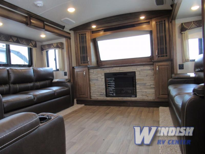 keystone montana and montana high country fifth wheels which one is rh windishrv com Montana Fifth Wheel Floor Plans Montana Fifth Wheel Campers Gallery