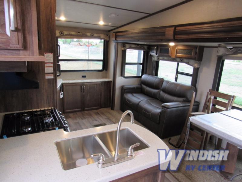 Keystone Cougar XLite Fifth Wheel Interior