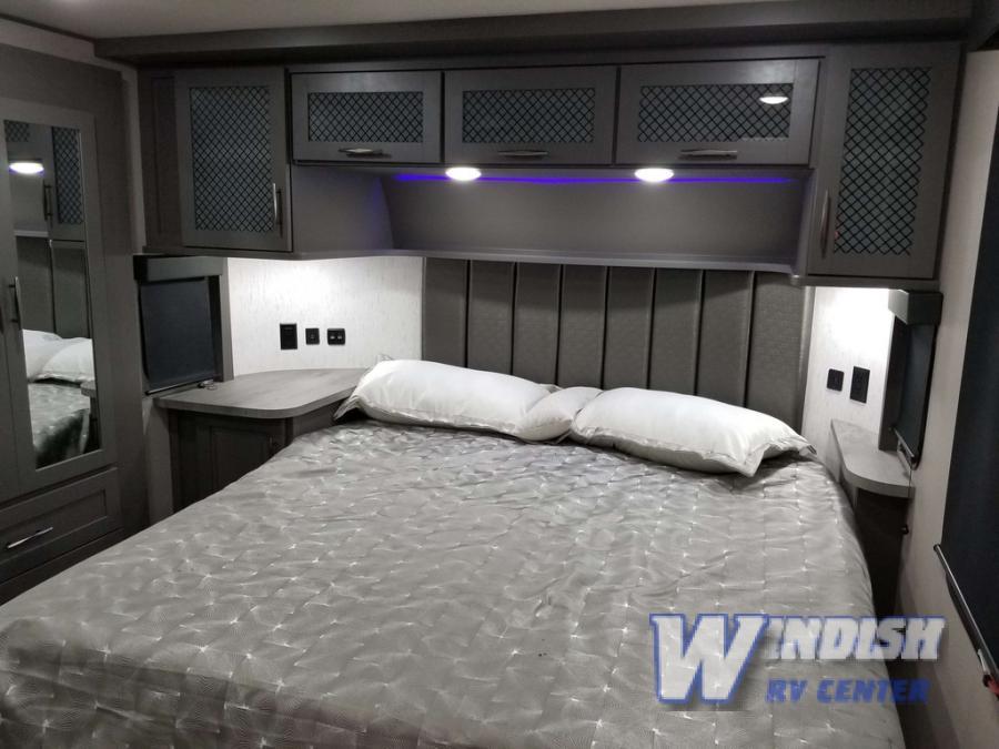 Momentum Bedroom